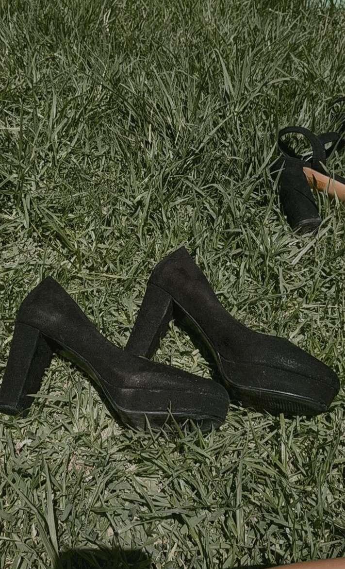Imagen Zapato de tacón color negro