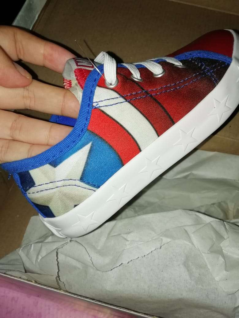 Imagen producto Lindos zapatos de super eroes para niños  6