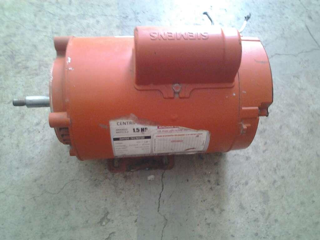Imagen Vendo Motor Eléctrico 1.5 hp  110 volts.