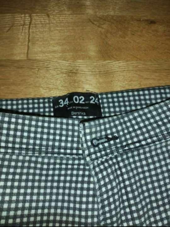 Imagen producto Pantalón Bershka nuevo 2