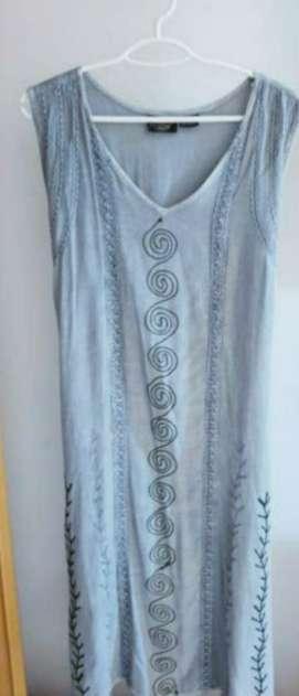Imagen producto Lote 3 vestidos señora talla 42. 2