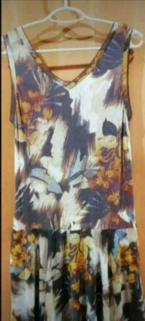 Imagen producto Lote 3 vestidos señora talla 42. 4