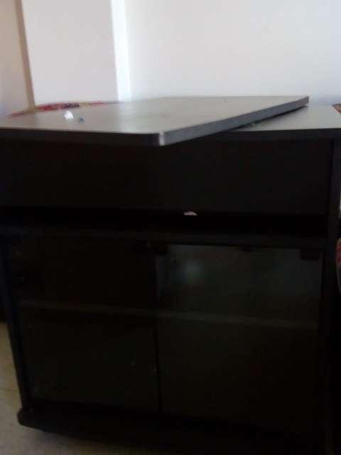 Imagen producto Juego de dormitorio y mesa para tv 4