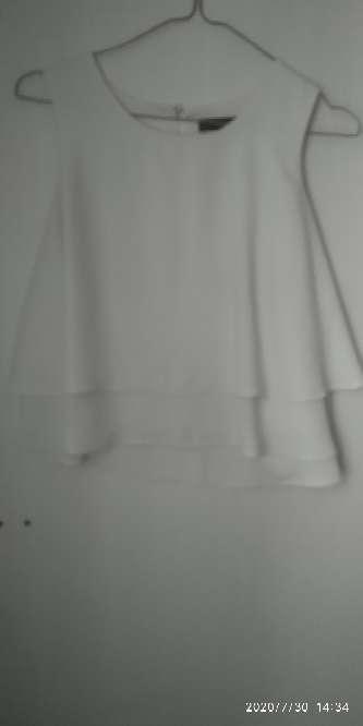 Imagen blusa blanca