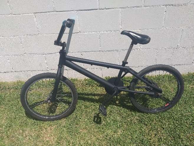 Imagen bicicleta monty