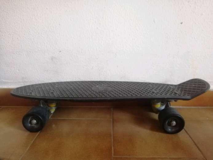 Imagen Skateboard Short Board Negro