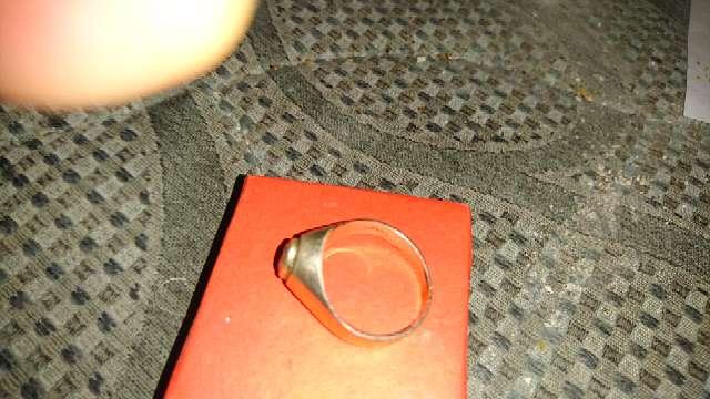 Imagen anillo de plata con piedra