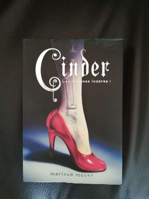 Imagen Libro : Cinder