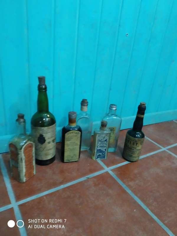 Imagen Botellas antiguas decorativas