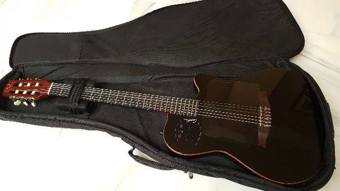 Imagen Guitarra Godin acs slim black cedar