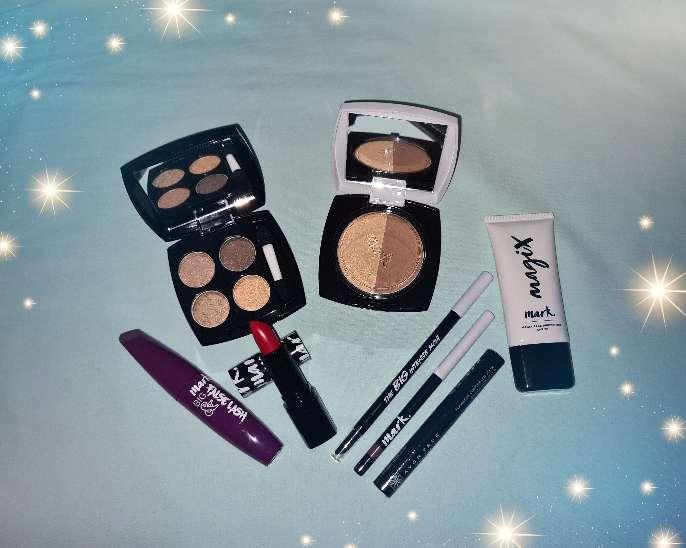 Imagen Pack de cosmética Avon
