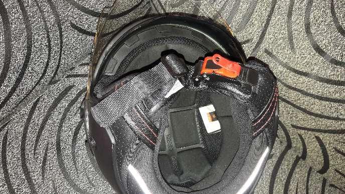 Imagen casco moto con 2 antirrobos