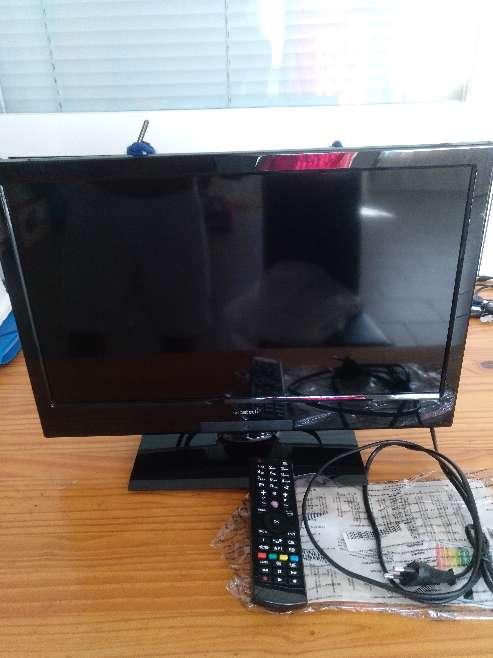 Imagen producto Vendó televisión sunstech 19 led hdmi tdt 4