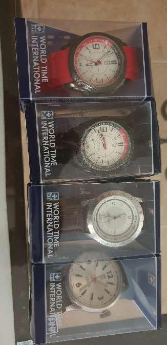 Imagen vendo relojes