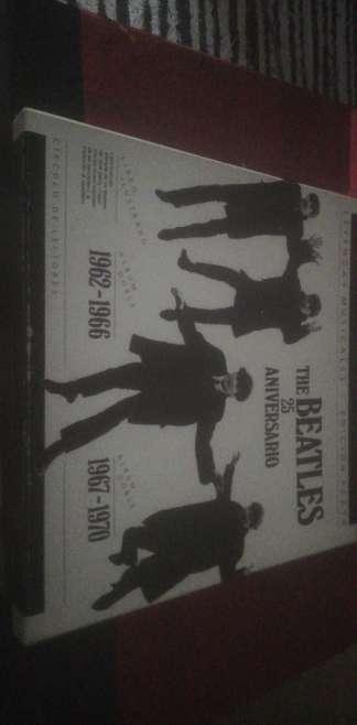 Imagen The Beatles 25 aniversario edición plata