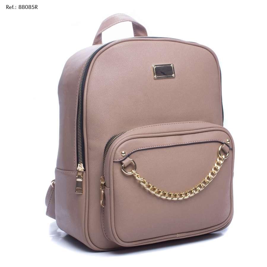 Imagen producto Scarpin, uma bota cano curto, uma mochila,e uma mule, uma bolsa, um scarpin, uma sapatilha, um vestido. 3
