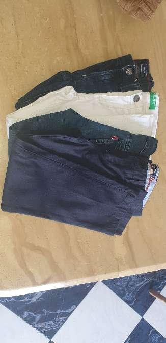Imagen pantalones de marca talla 5-6