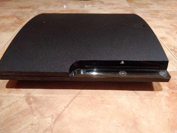 Imagen Ps3 + juegos + 3 mandos