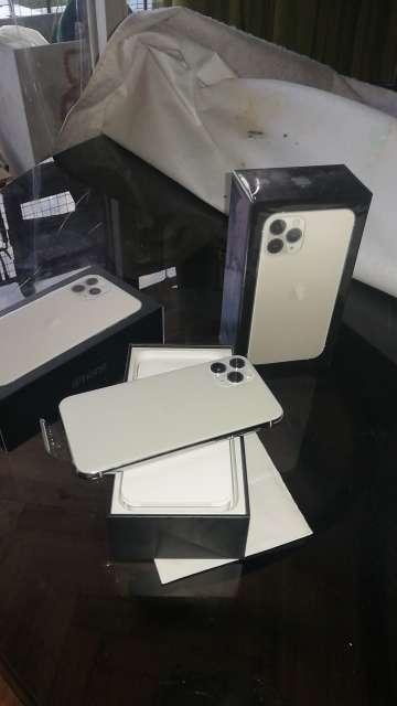 Imagen producto Iphone 11 pro Silver y Iphone 11 Black de 64 gb ambos!  3