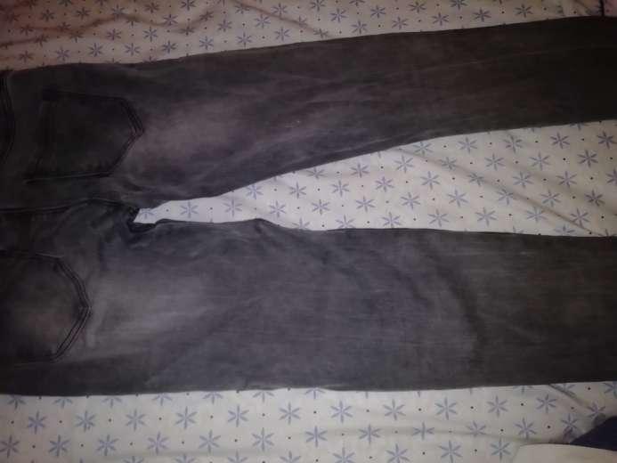 Imagen Pantalon gris