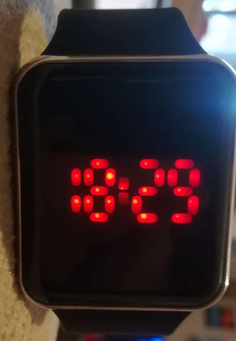 Imagen Reloj digital sin usar