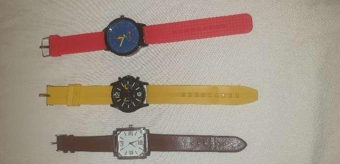 Imagen producto Vendo relojes 4