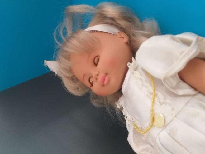 Imagen muñeca colección b.b
