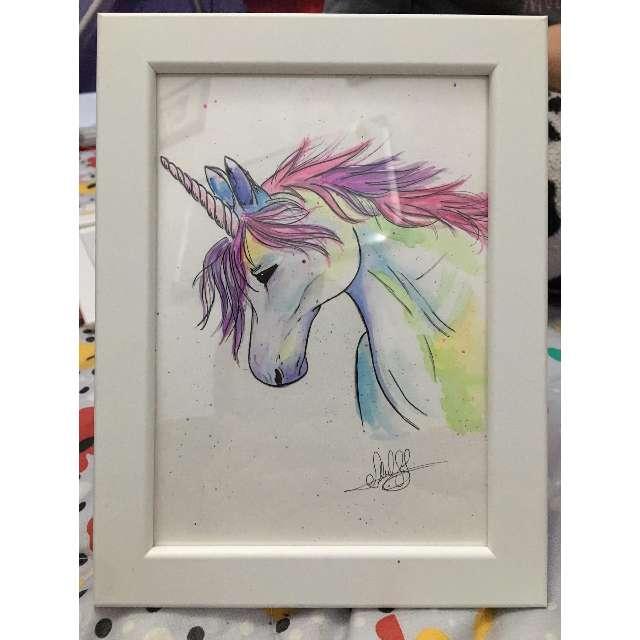 Imagen acuarela a mano de unicornio