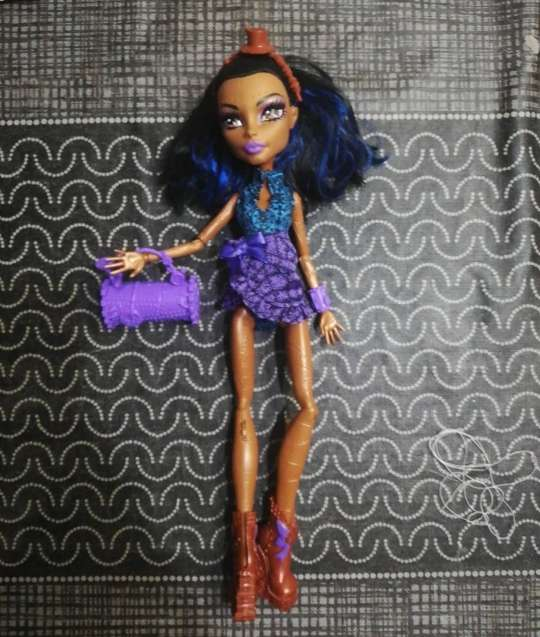 Imagen rebeka Monster high
