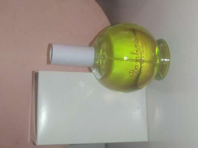 Imagen perfume Víctorio y Luchino