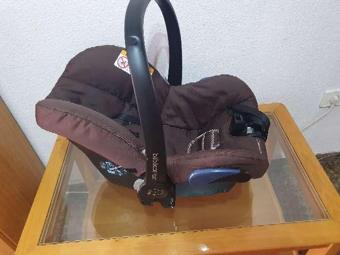Imagen producto Silla porta bebé grupo 0 ,o silla de coche  3