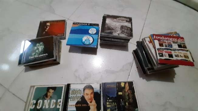 Imagen Vendo LOTE 47 CDs originales Pop/Rock