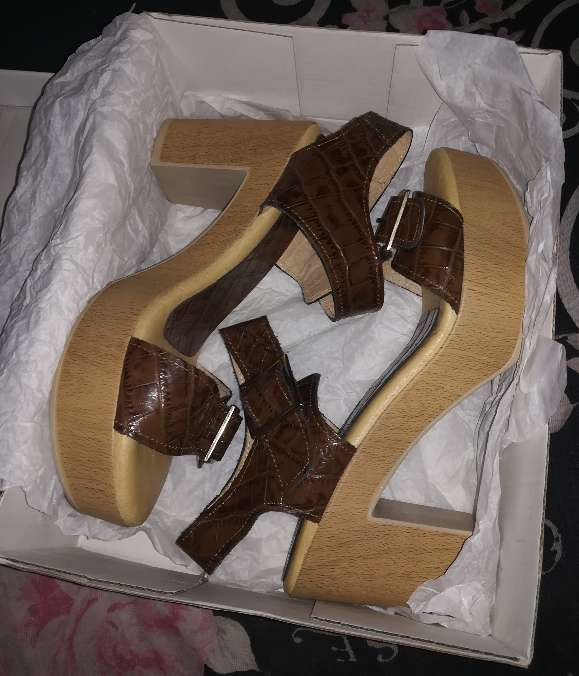 Imagen producto Zapatos nuevos TAVE 7