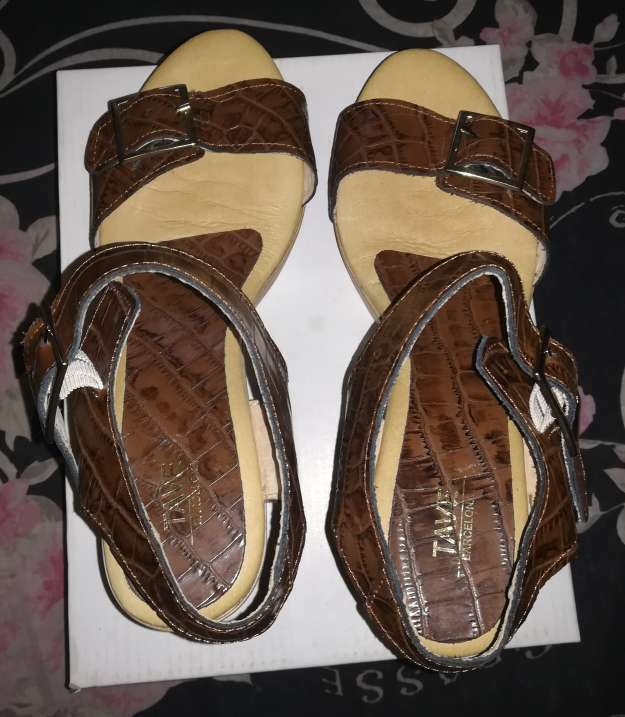 Imagen producto Zapatos nuevos TAVE 4