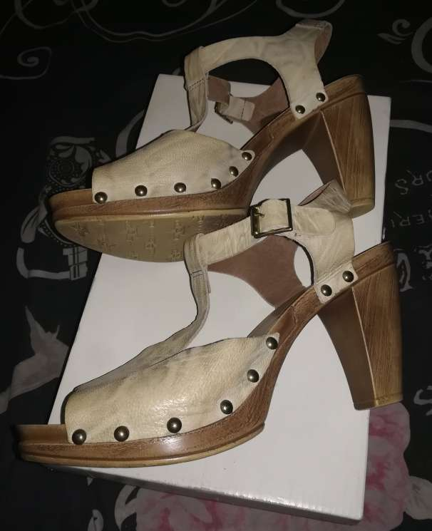 Imagen producto Zapatos Beige 7