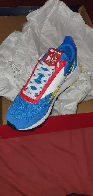 Imagen zapatillas REEBOK talla 43