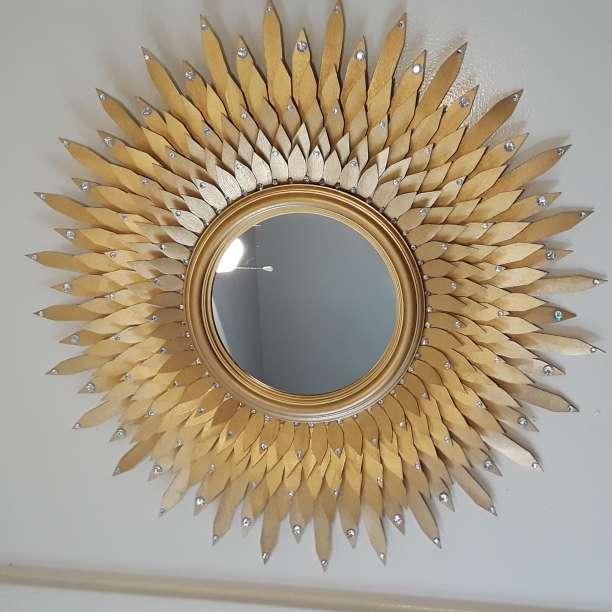 Imagen golden decorative mirror