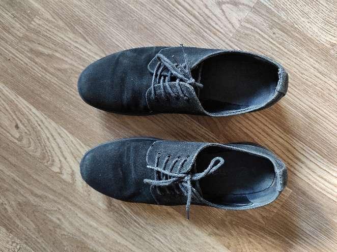 Imagen Zapato de vestir negro en talla 40 muy cómodo