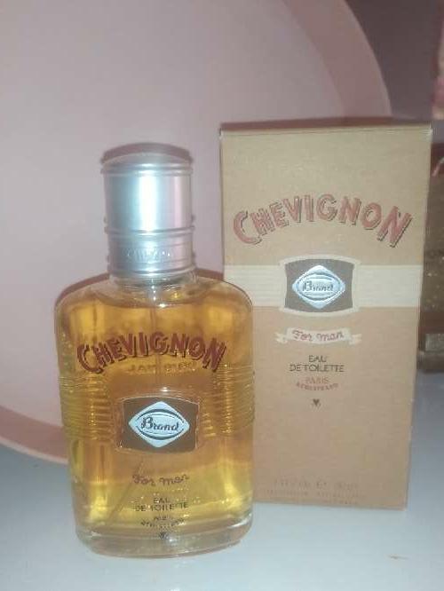 Imagen perfume chevignon