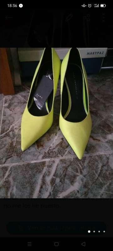 Imagen zapatos fosforitos de Zara