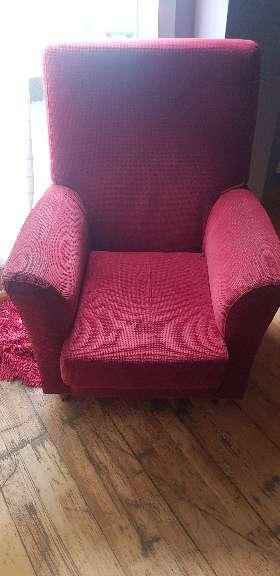 Imagen sofa de color rojo