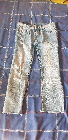 Imagen pantalones vaqueros largos pitillos
