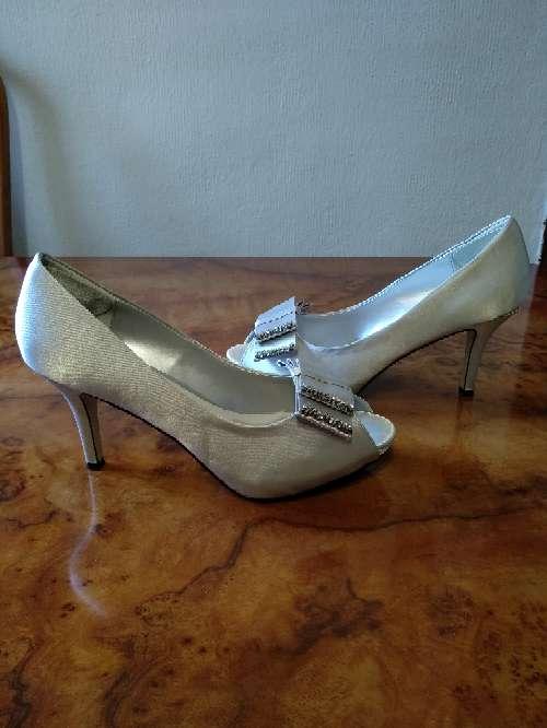 Imagen zapatos de tacon.