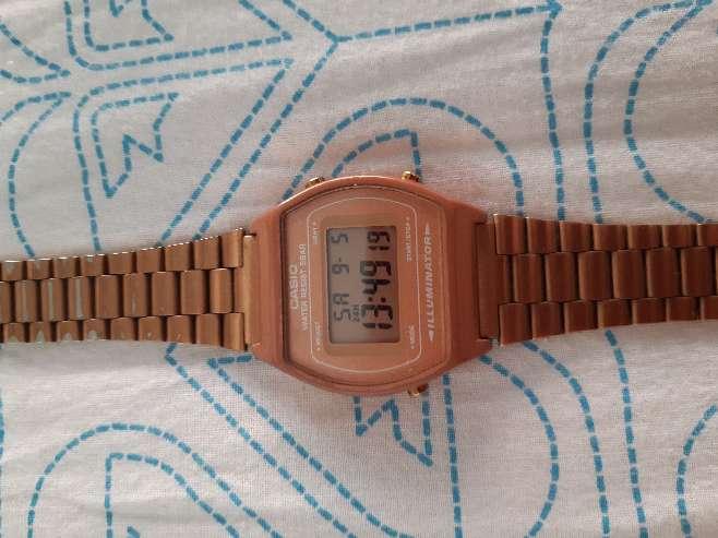 Imagen Reloj Casio de mujer Rosa