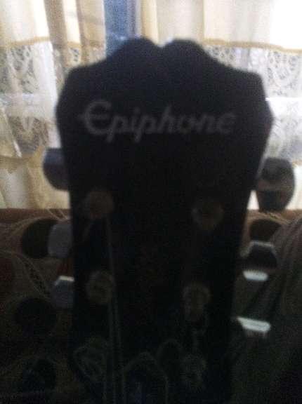 Imagen producto 2 Guitarras yamaha C70 clasica flamenca y epiphone eléctrica principiante 3