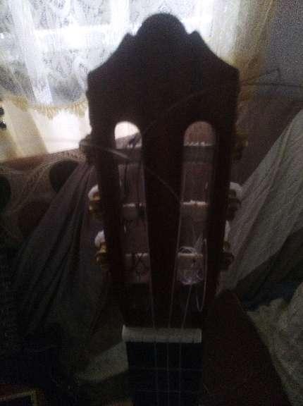 Imagen producto 2 Guitarras yamaha C70 clasica flamenca y epiphone eléctrica principiante 4
