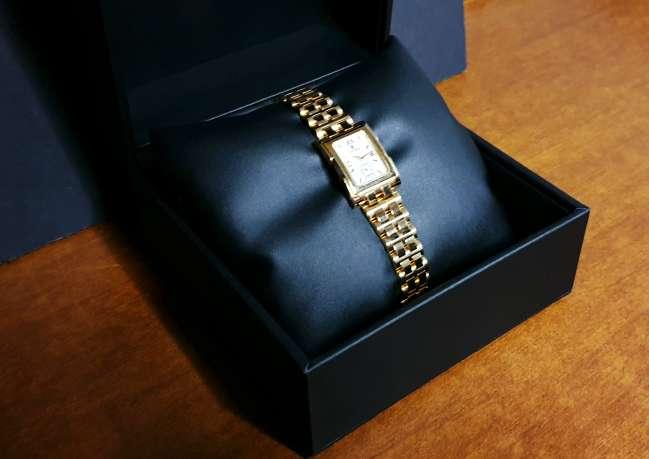 Imagen Reloj Cyma Mujer Chapado en Oro
