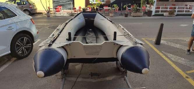 Imagen producto Zodiac 380 preparado para salir a pescar 6