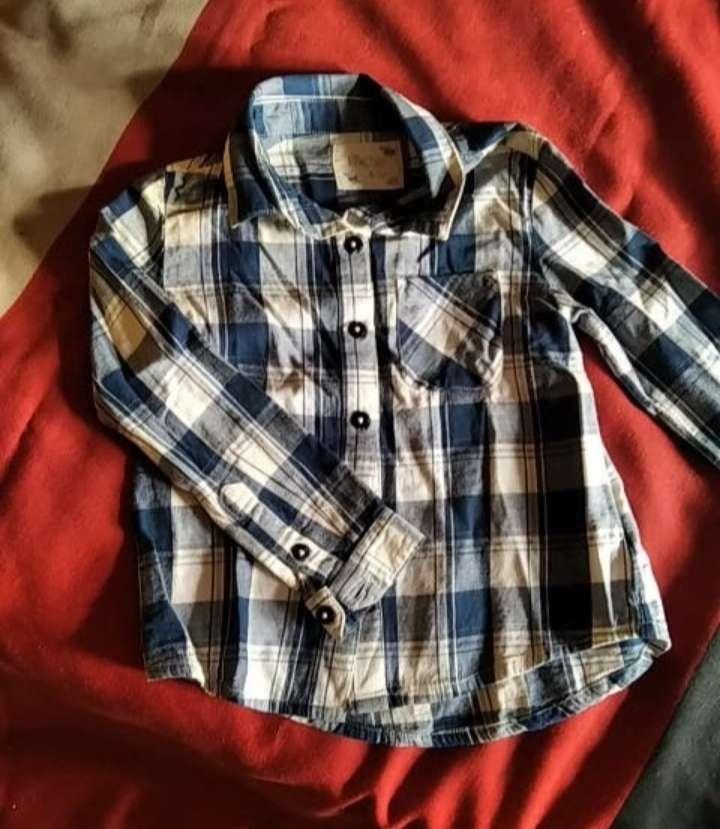 Imagen camisa talla 4-5 años