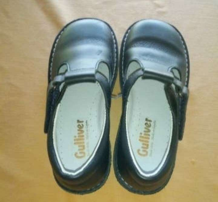 Imagen zapatos talla 30